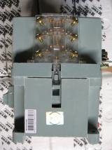 Вспомогательные контакты пускателя ПМ12 на 63 ампера для управления трёхфазным электрическим двигателем