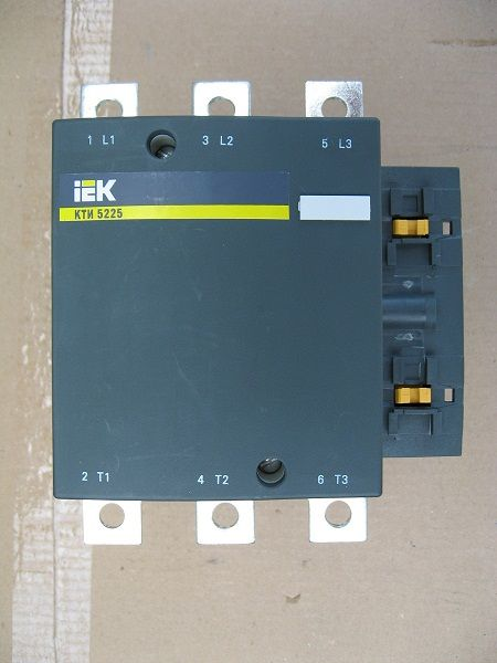КТИ-5225   400В   225А ИЭК контактор