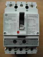 Фотография автоматического выключателя серии Record Plus FE250 Residential 3P 250А выпуска General Electric