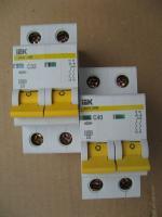 Фото автоматических выключателей ВА 47-29 на номинальные токи 32 и 40 ампер, двухполюсное исполнение с защитной характеристикой С