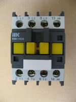 Фотография магнитного контактор КМИ 10910 на номинальный ток 9А в категории применения АС-3 в мологабаритном исполнении изготовления ИЭК