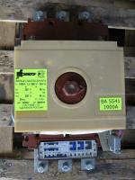 Фотография трёхполюсного автоматического выключателя ВА 55-41 на номинальный ток 1000А с электромагнитным приводом (исполнение 344730)
