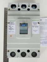Фотография трёхполюсного автоматического выключателя АВ3004 на 315А с тепловым и электромагнитным расцепителем
