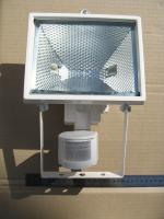 Фотография уличного галогенного прожектора ИО-500Д с датчиком движения производства компании ИЭК