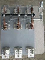 Фотография внешнего вида выключателя-разъединителя с предохранителями РПС-6 на тепловой ток 630 ампер