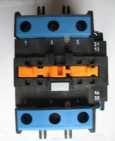 Фотография электромагнитного контактора ПМЛ-4160ДМ с одним замыкающим и одним размыкающим дополнительными контактами