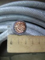Фотография термостойкого провода РКГМ 120 с одной медной жилой в кремнийорганической изоляции и стеклянной оплётке
