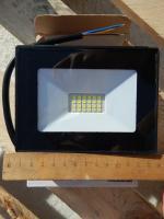 Фотография светодиодного прожектор на 20 Ватт для уличного освещения и подсветки