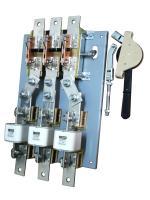 Фотография разъединителя РПС-10 на тепловой ток 1000 ампер с тремя предохранителями