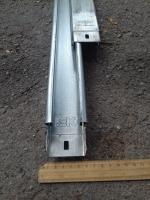 Фотография оцинкованного металлического кабельного неперфорированного лотка 50х35 или 35х50 мм
