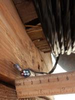 Фотография сечения силового алюминиевого кабеля АВВГнг 5х4 для стационарной групповой прокладки
