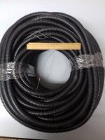 Фотография чёрной гибкой гофрированной трубы из полиэтилена низкого давления диаметром 50 мм для заливки в бетон