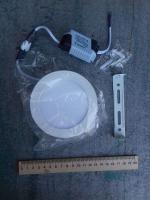 Фотография круглого накладного потолочного светодиодного светильника на 6 Вт