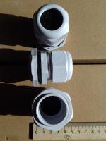 Фотография пылевлагозащищённых сальников PG-29 выпуска TechnoSystems