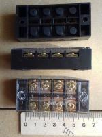 Фотография клеммной колодки (блока зажимов или клеммника) ТВ 2504