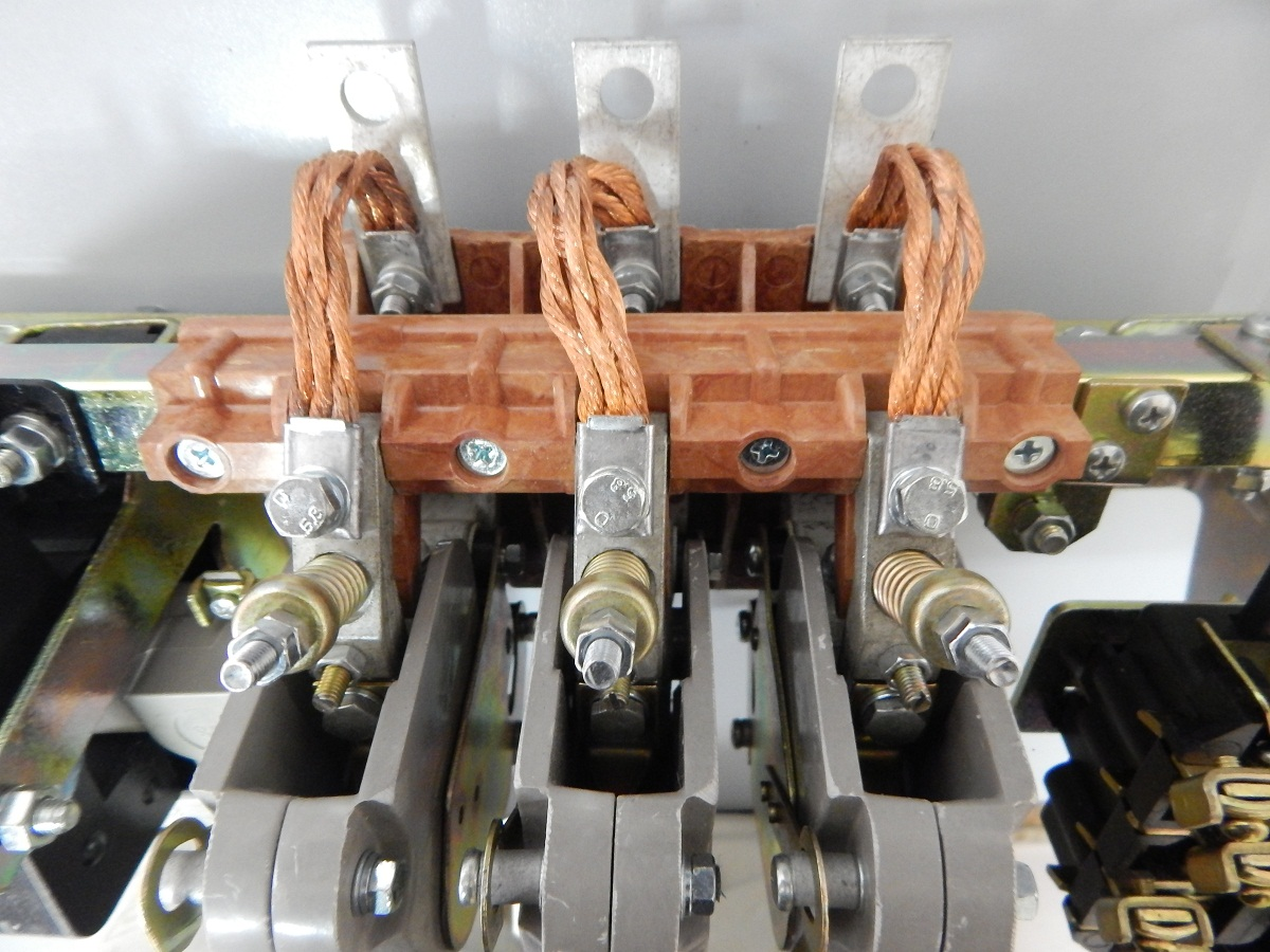 схема соединения магнитного пускателя км 48012